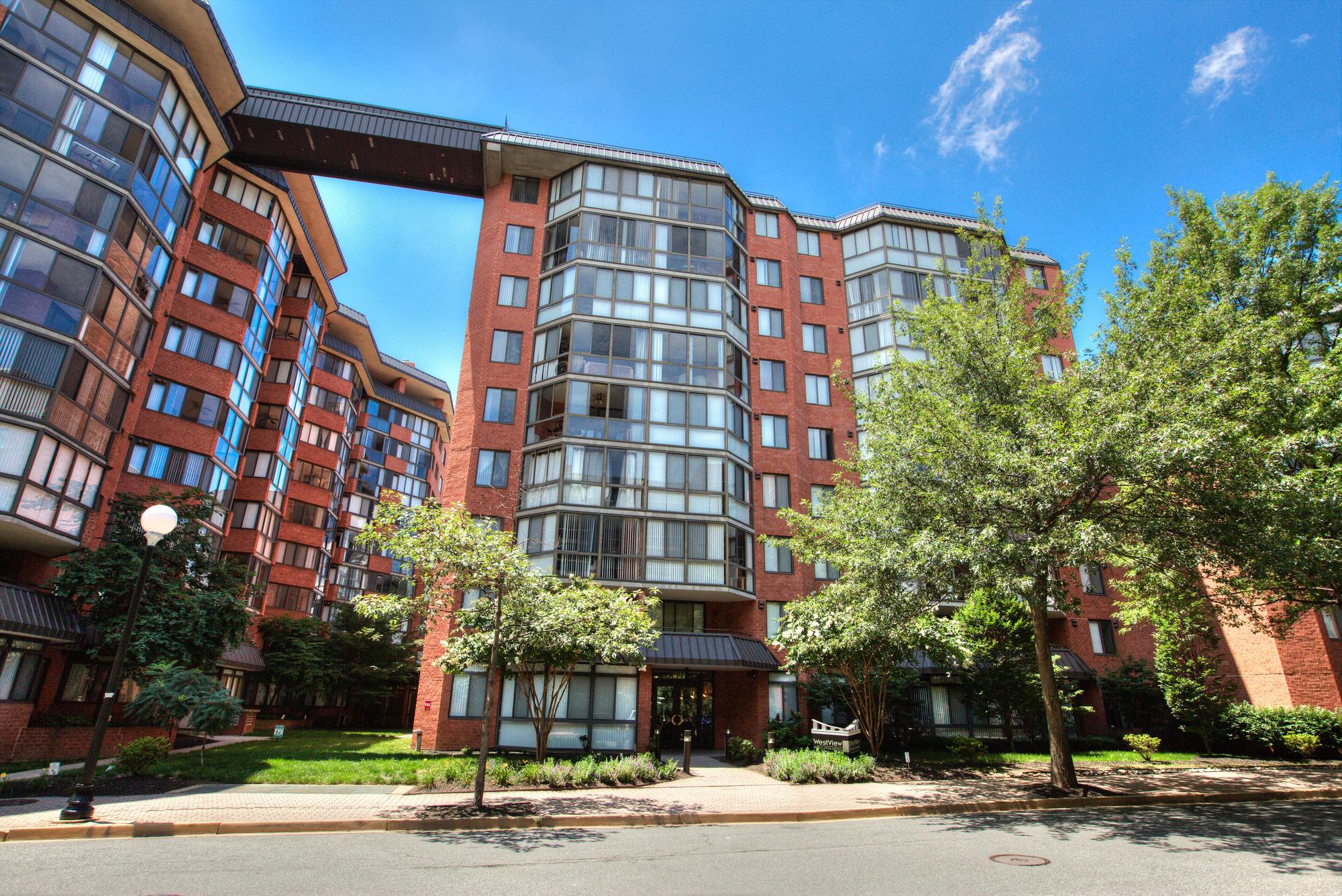 Westview at Ballston - #1 Condo Site in Arlington